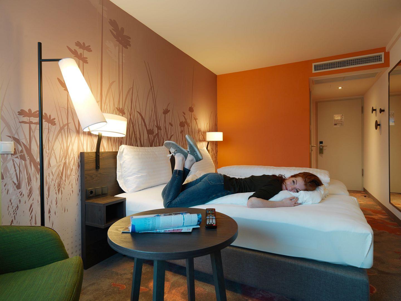 bildergalerie hwest hotel hall in tirol. Black Bedroom Furniture Sets. Home Design Ideas